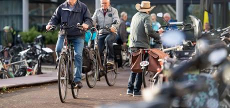 Met 135 vaantjes meedoen aan de fietsvierdaagse door Hof van Twente
