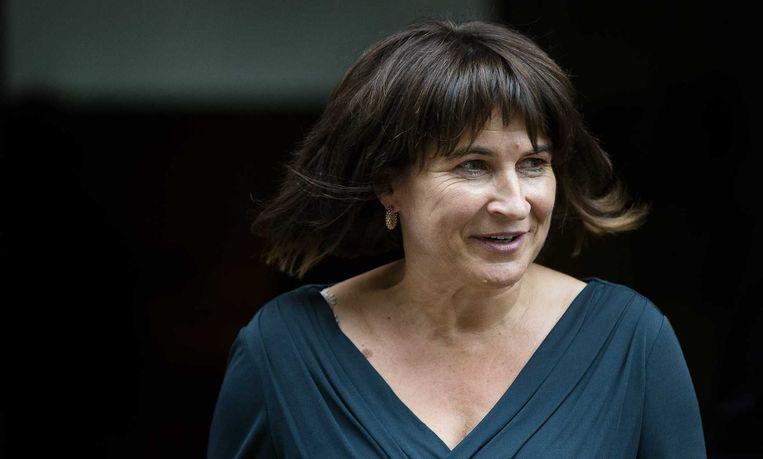 Minister van keurmerken Lilianne Ploumen gaf toe dat ze 'totaal de draad kwijt' is en wil daarom 'meer orde aanbrengen' in de keurmerkengekte. Beeld null