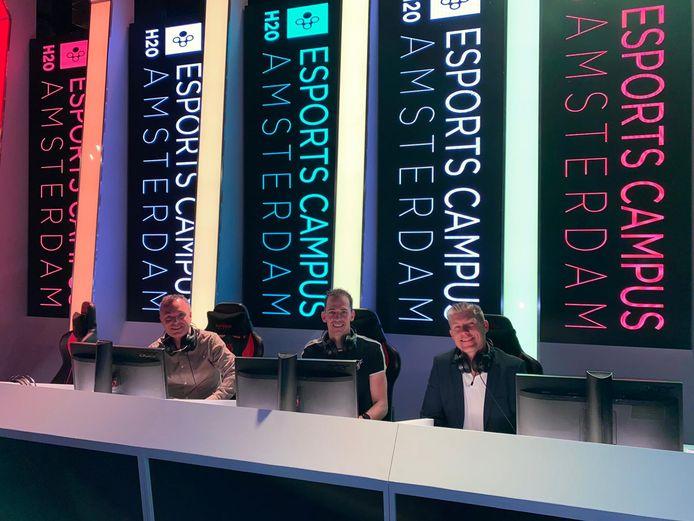 Joost Leenders, Marco Hooglander en Dirk Tuip (vlnr) slaan de handen ineen om talentvolle gamers te begeleiden naar de top.