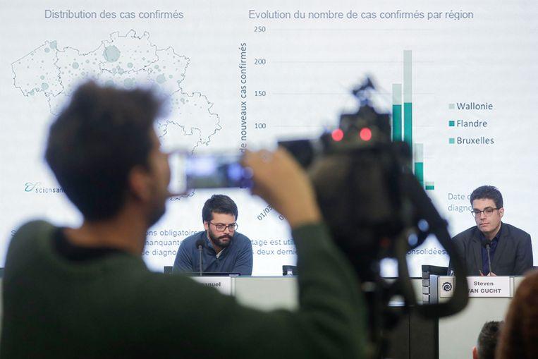 De dagelijkse persconferentie over het coronavirus. Beeld Photo News