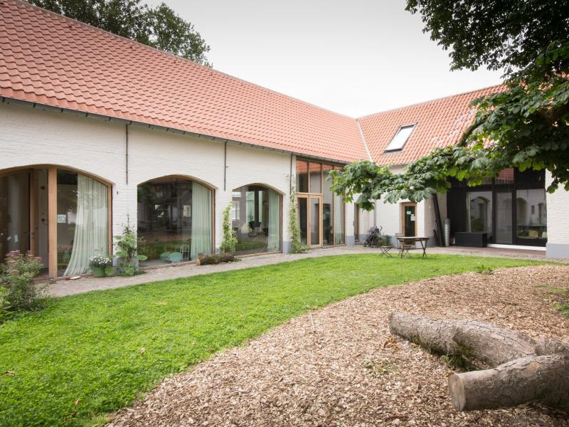 Een cohousingproject in een historische vierkantshoeve in Zingem.