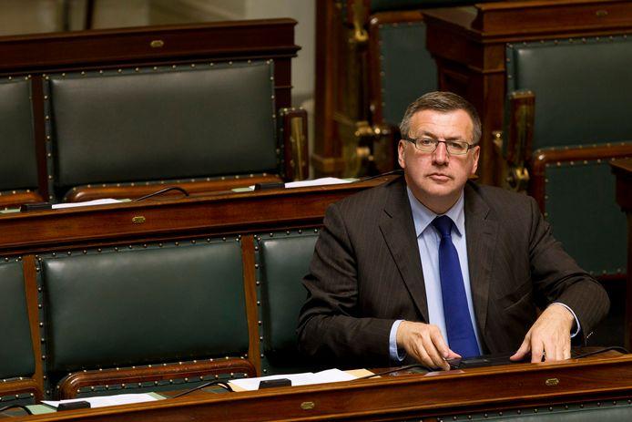 Vanackere in 2013 in de Kamer.
