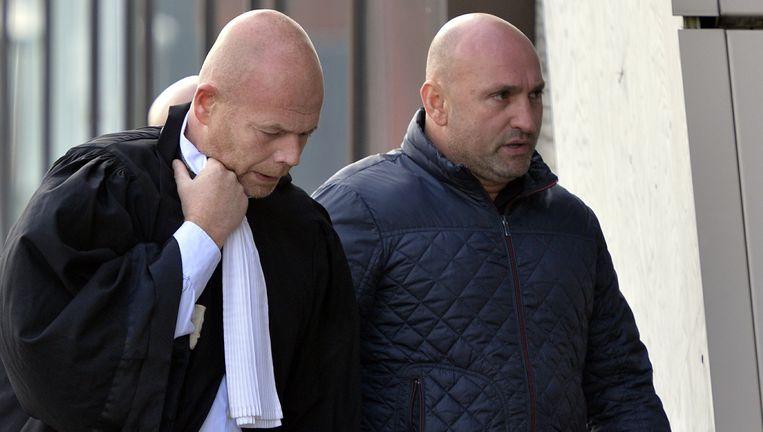 Sven Mary arriveert samen met beklaagde Nico Beckx aan de Hasseltse rechtbank. (Archieffoto 14 september 2015).