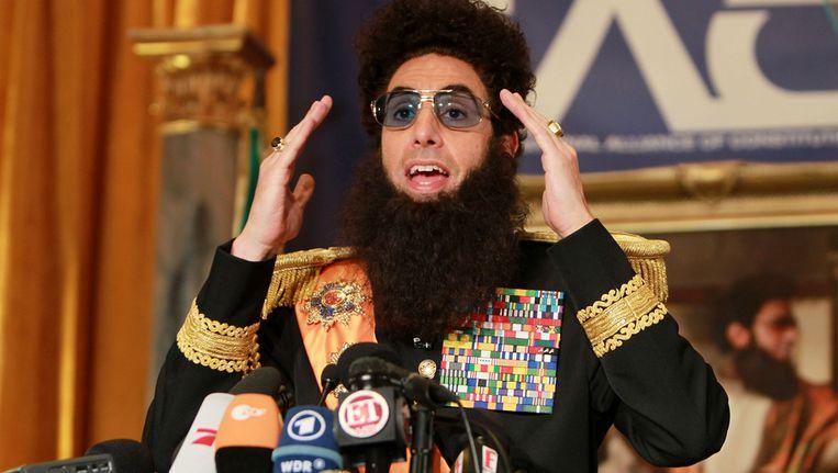 Hilarische 'Dictator'-persconferentie Van Sascha Baron