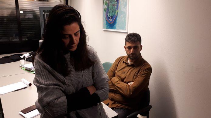 De ouders van Onur bij de behandeling van hun zaak bij het Gerechtshof in Arnhem.