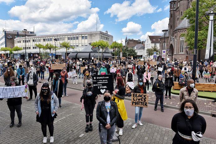 De drukbezochte Black Lives Matter-demonstratie, vorig jaar in Tilburg, toont volgens BIJ1 aan dat er groeiende belangstelling is voor het gedachtegoed van de partij.