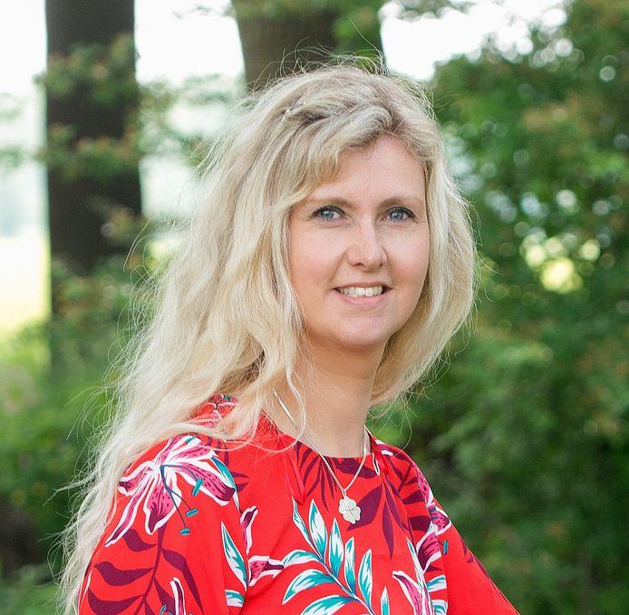 Gewichtsconsulente Ida Jager (42) besloot naar de mogelijkheden te kijken van een passief inkomen. ,,Iedereen kan het, maar je moet er wel wat voor willen doen.''