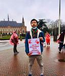 Tu Nan tijdens een van zijn protesten.