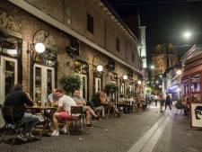 SUS-team aan het werk op Oosterhoutse stapavond: 'Bezoekers wijzen op regels'