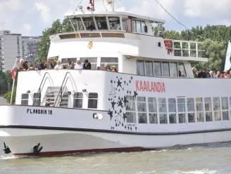 Flandriaboot botst tegen kade bij Kaai 234: 11 lichtgewonden