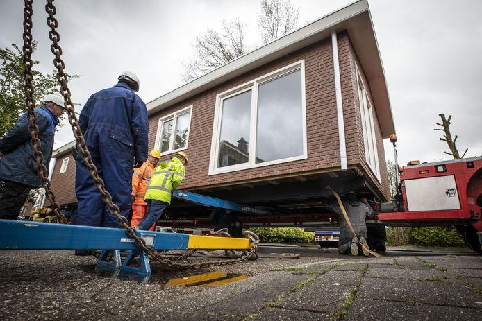 In Tubbergen werden dit voorjaar al enkele nieuwe woonwagens geplaatst, in Hengelo gaat dat allemaal wat langer duren.
