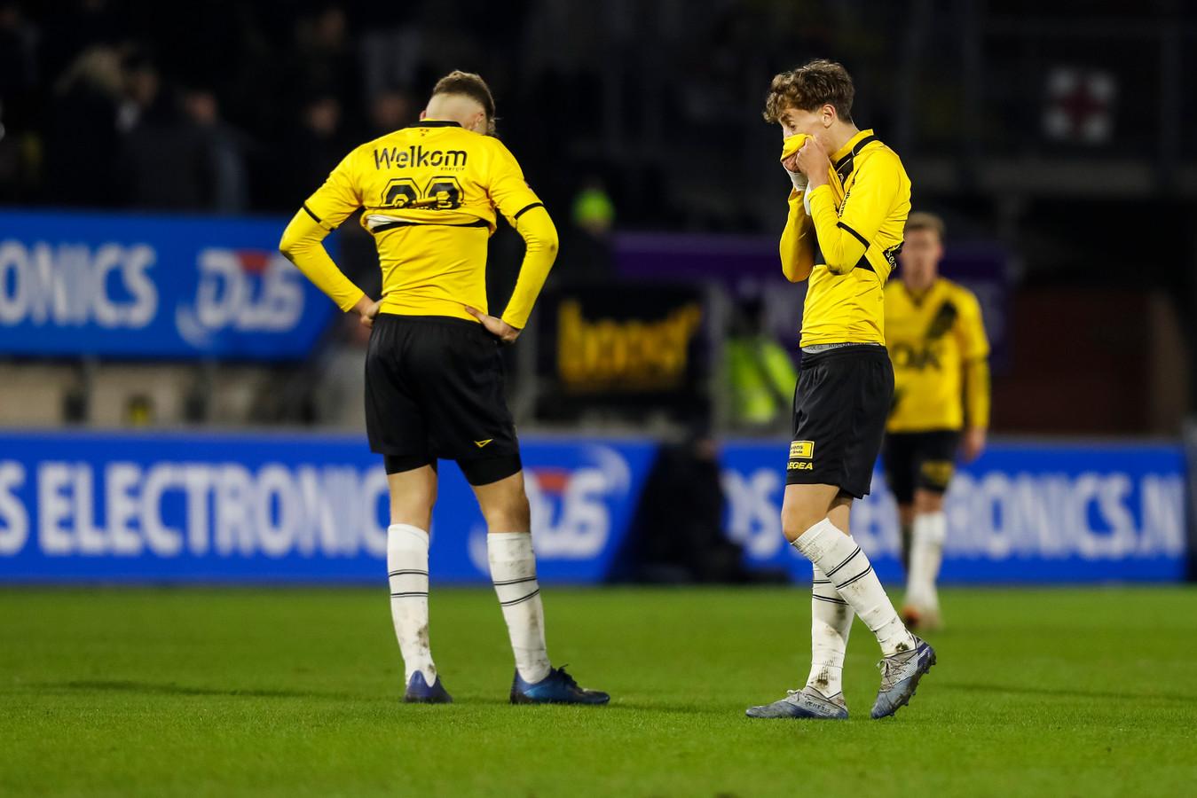Van Hooijdonk en Van der Gaag balen van het nieuwe puntenverlies van NAC.