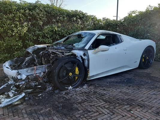 De Ferrari is totaal verwoest.