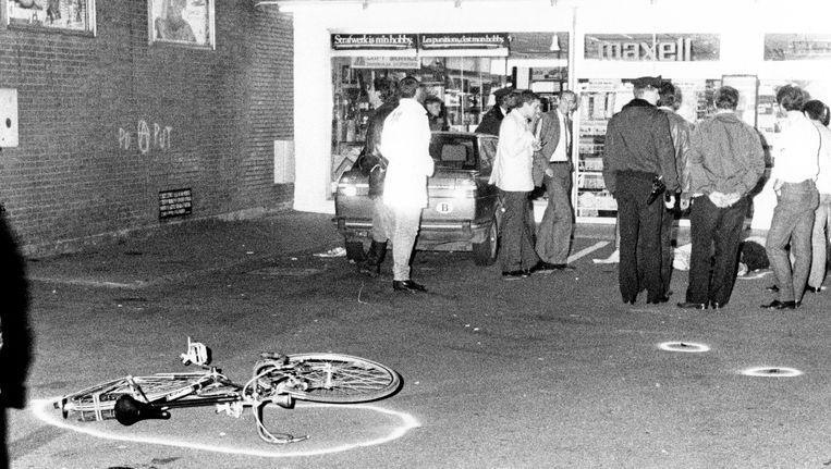 Bij de overval op de Delhaize van Overijse op 27 september 1985 vielen vijf doden, een half uur daarvoor sloeg de Bende van Nijvel toe in het Waals-Brabantse Eigenbrakel. Daar vielen toen drie doden. Beeld BELGA