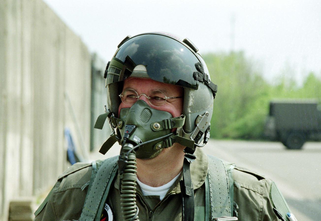 In 1995 mocht Kees Backx in een F16 vliegen omdat hij 25 jaar correspondent voor het Brabants Dagblad was.