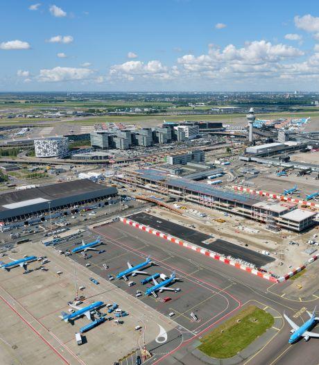 Vliegmaatschappijen komen in opstand tegen tariefstijging Schiphol