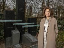 Cathy Folmer werft jeugd voor herdenking bij Zwols Indië-monument: 'Veel jongeren zijn heel erg bezig met hun afkomst'