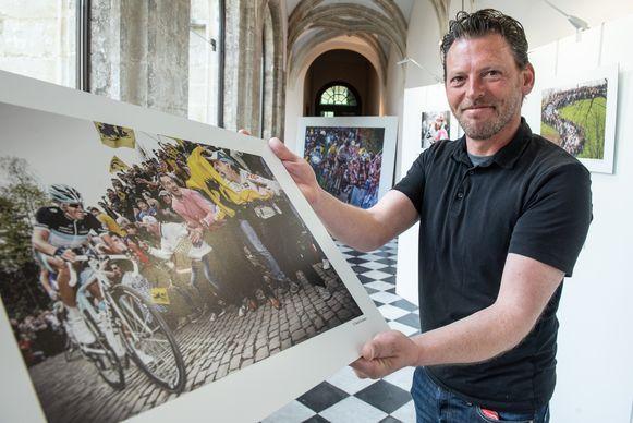 """""""Ik focus niet alleen op de renners, maar ook op de emotie in en rond de koers"""", zegt David Stockman."""