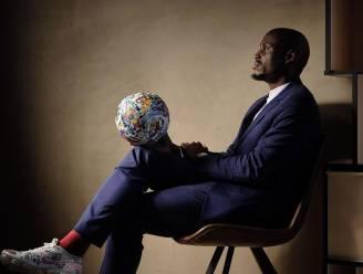 """Ex-Premier League-voetballer die nu bij La Louvière speelt, werkt al volop aan leven na profcarrière in de kunstwereld: """"Voetballers zijn niet onwetend"""""""