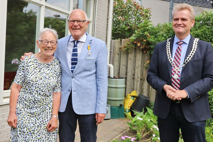Wim Scholl is benoemd tot Lid in de Orde van Oranje-Nassau, onder meer voor zijn betrokkenheid bij de Hervormde Gemeente Haaksbergen.