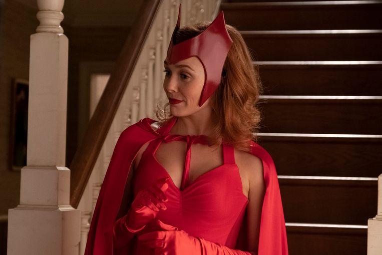 Een witz voor ingewijden: Wanda Maximoff (Elizabeth Olsen) draagt het pakje dat haar personage vijftig jaar geleden in de strips aanhad als Halloween-kostuum. Beeld Marvel