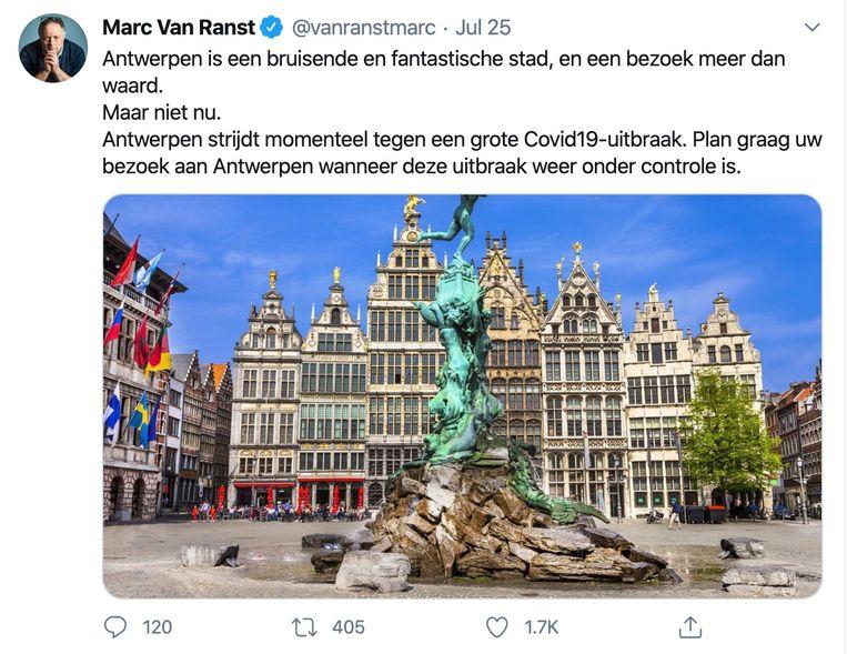 Vooral deze tweet, waarin Van Ranst oproept niet naar Antwerpen te trekken, is een doorn in het oog. Beeld Twitter