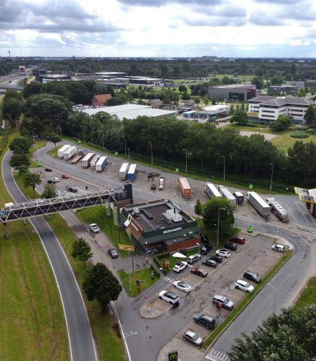 Rijkswaterstaat wil leren van kritiek op 'slechtste parkeerplaats van het land' bij Ambacht