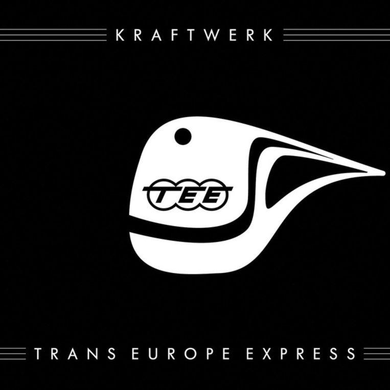 De hoes van de reissue van 'Trans-Europe Express' uit 2009 Beeld RV