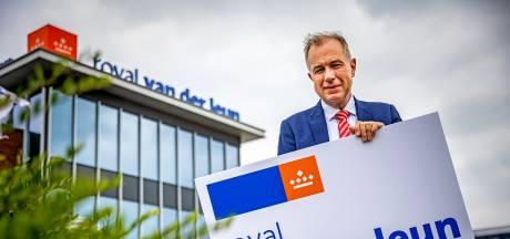Van der Leun is vanaf nu Koninklijk: 'Voor het eerst in maanden weer een stropdas om'