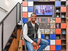 Ramsey Angela won zilver op de Olympische Spelen en staat nu op de 'Wall of Fame' van het Johan Cruyff College