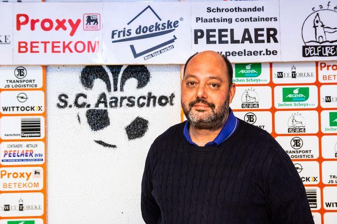 """Aarschot-voorzitter Dimitri Van Camp: """"Het enige positieve aan heel het coronaverhaal is wel dat de clubs veel meer naar elkaar toegegroeid zijn."""""""