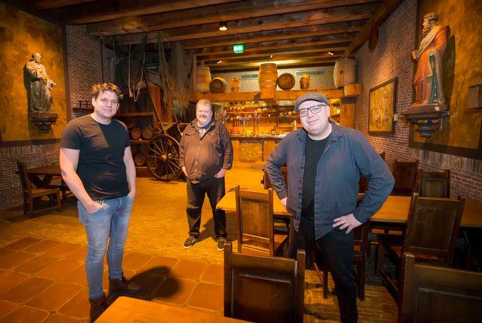 Mark de Kwaadsteniet, Andy Broeders en Gino Schipperen organiseren de Kovvernacht in Fort St. Gertrudis.