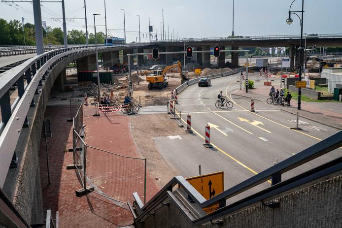Foto ter illustratie van de oude situatie op het Roemondsplein in Arnhem.