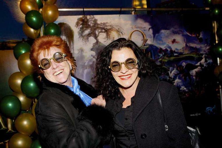 Pamela Teves (links) en Mylene de la Haye. Beeld null