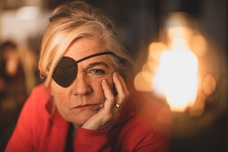 Petra doet nog één keer haar ooglapje aan. Sinds kort heeft ze een prothese.