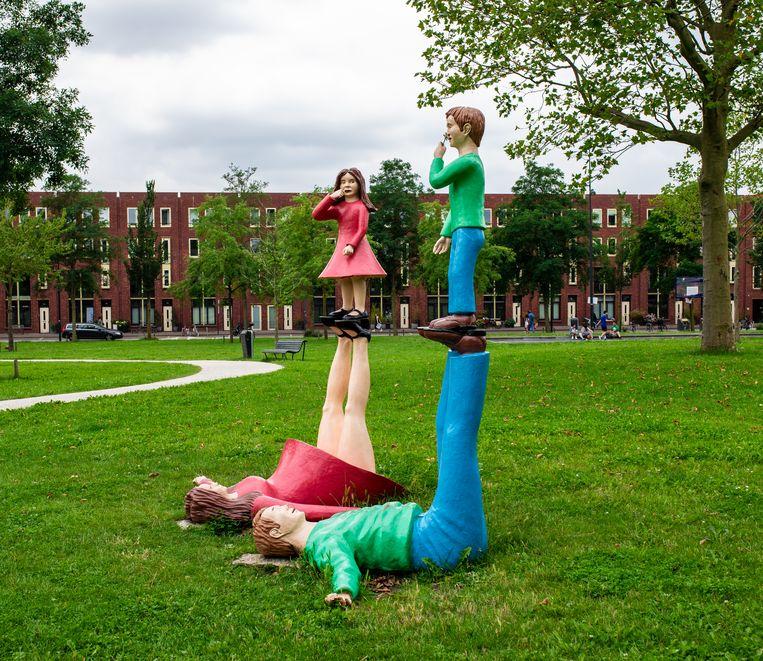 Familie van Paul de Reus in Van Goghpark op IJburg Beeld Nosh Neneh