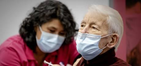 GGD waarschuwt voor oplichters die ouderen thuis willen vaccineren