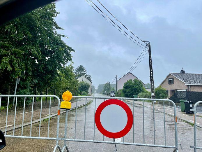 De Vijfde Liniestraat in Rotselaar is sinds donderdag afgesloten.