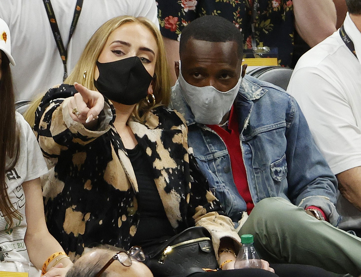 Adele en Rich Paul tijdens de NBA-finale