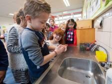 Chaotische taferelen op scholen: half lege klassen en groepen naar huis