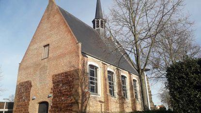 Leden van Kunstkring Toreke stellen dit weekend hun werken tentoon in Sint-Gummaruskerk