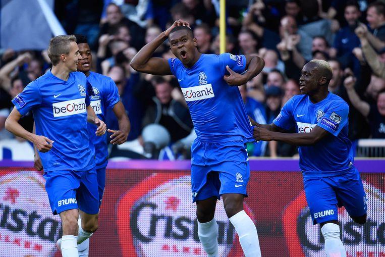 Kabasele reageerde na zijn goal met apengebaren op de racistische uitspraken van Kortrijk-fans vorige speeldag.