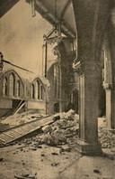 In het kerkgebouw was sprake van één grote ravage.