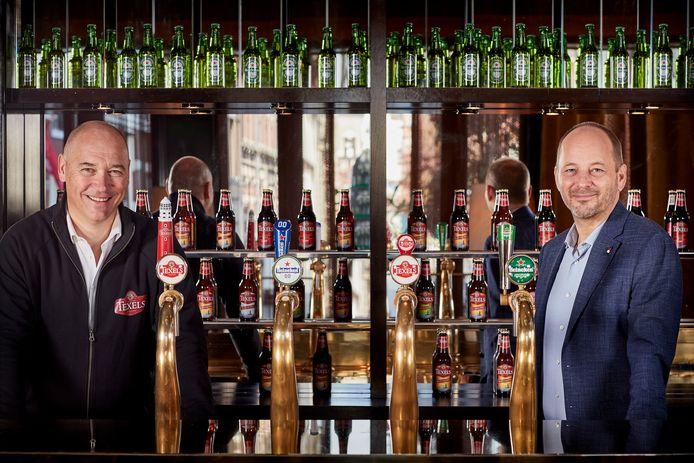 Cor Honkoop, directeur van de Texelse Brouwerij (links), en Hans Böhm, ceo van Heineken Nederland