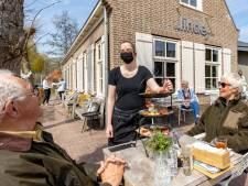 Opening terrassen spannend voor de cliëntmedewerkers van De Linde in Hasselt: 'Duurt even voordat iedereen gewend is'