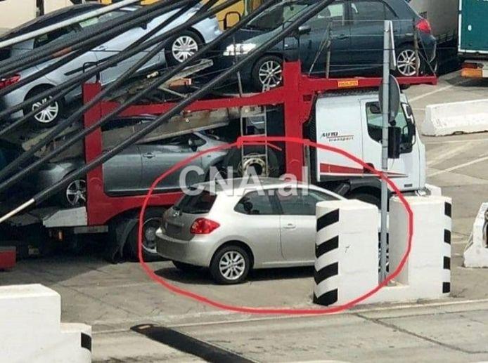 De Toyota waarin het grootste deel van het geld verborgen zat.