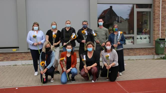 Scholengroep Rivierenland verrast personeel van De Parel met zonnebloemen