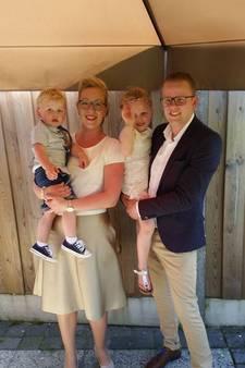 Rob en Kim uit Denekamp trouwen op vrijdag de 13e: 'Hooguit stort het dak in'