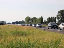 Lange file na ongeval op A58 bij Kruiningen