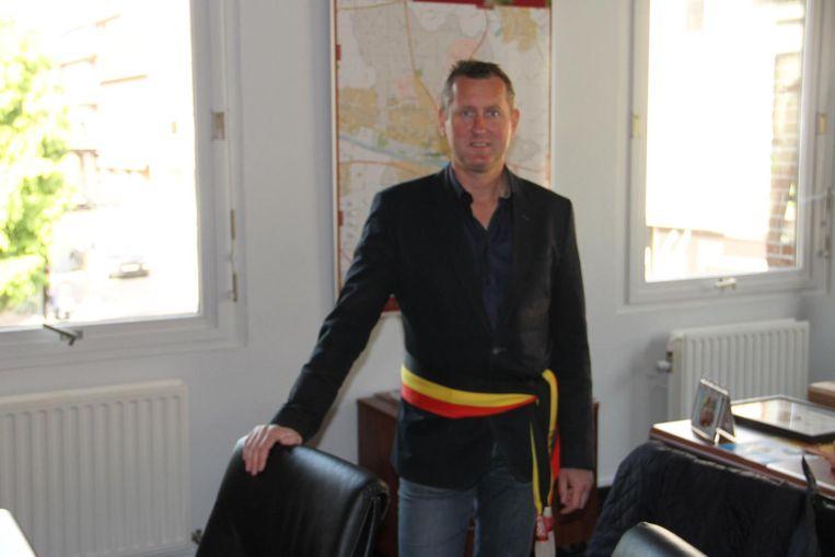 Burgemeester Kurt Windels is dinsdag jurylid van dienst in de 'Bluf in uw kot'-quiz.